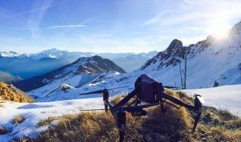 Drone en montagne pour tournage cinéma
