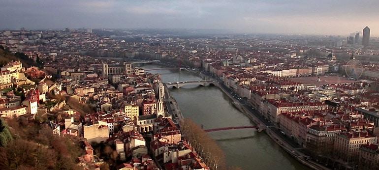 Film publicitaire TV réalisé par drone à l'hôtel Mercure de Lyon