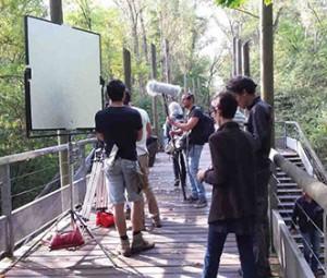 """Equipe TF1 et Studiofly dans le tournage d'une scène de la série """"Dans l'ombre du tueur"""""""