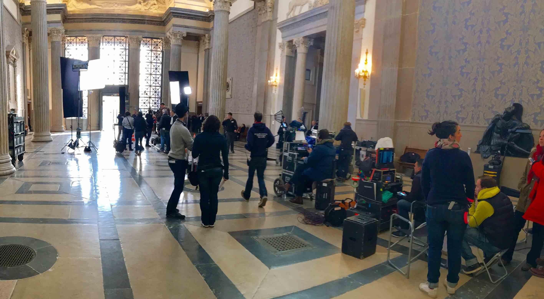 Matériel de tournage pour fiction dans palais de justice Lyon
