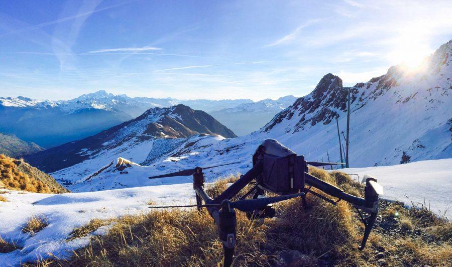 Drone en montagne pour tournage