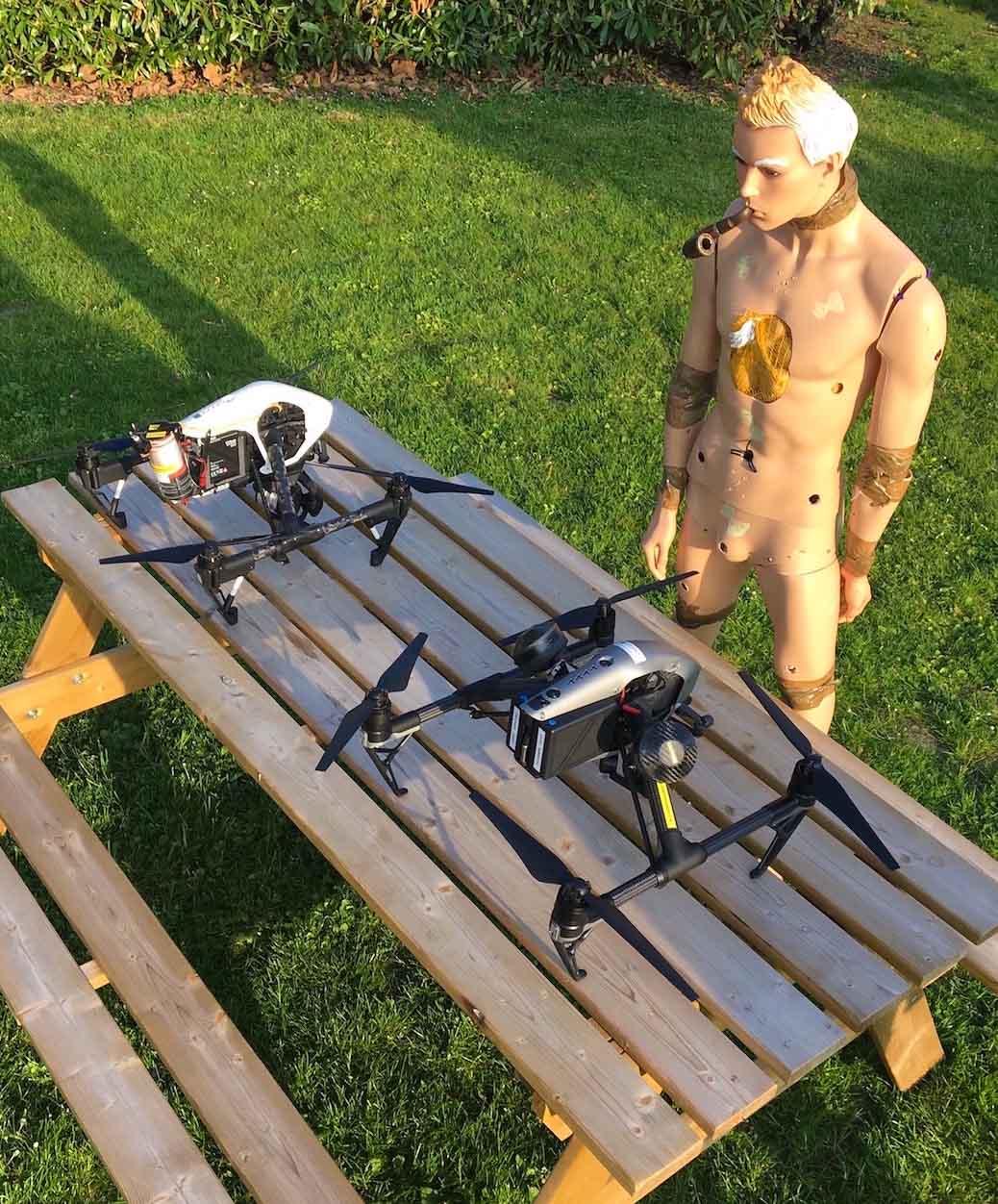 Drones et mannequin pour tournage fiction