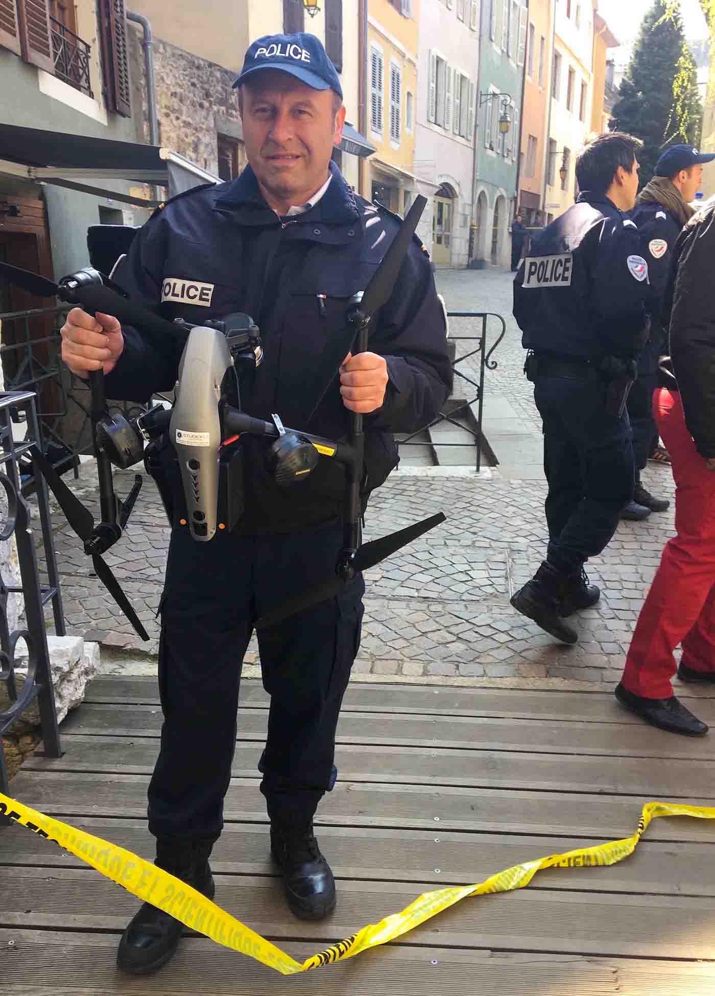 Drone avec police pour fiction Annecy