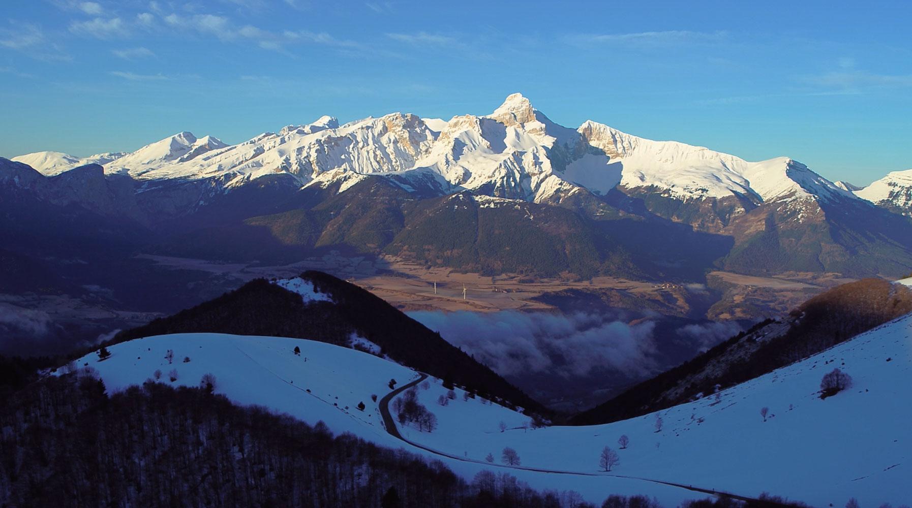 film isère par drone en montagne