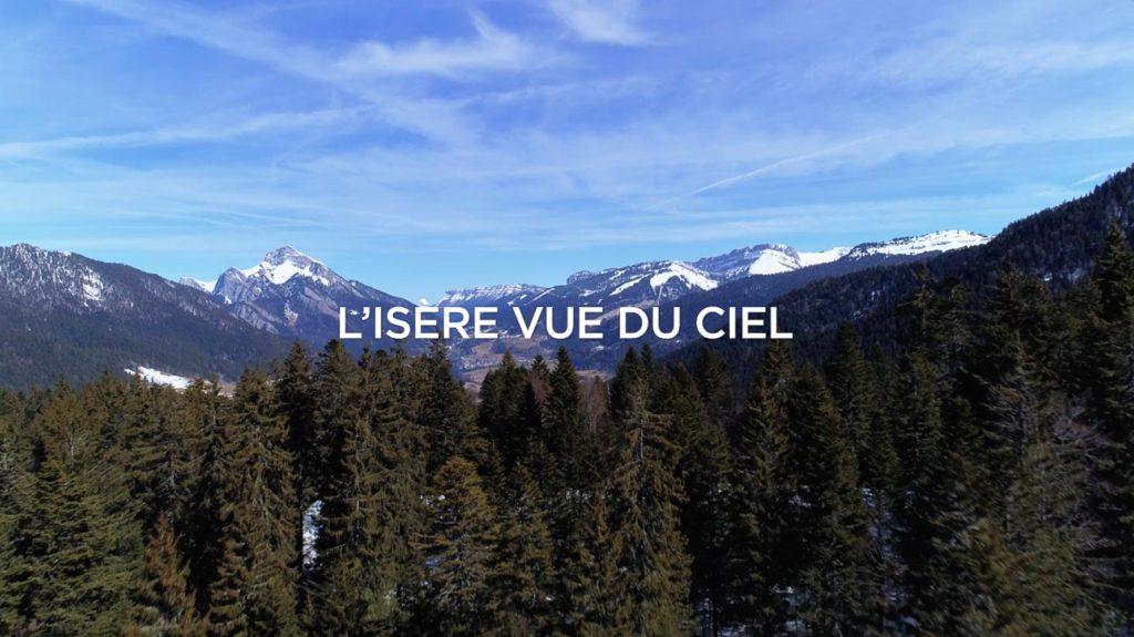 film sur l'isère vu du ciel par drone