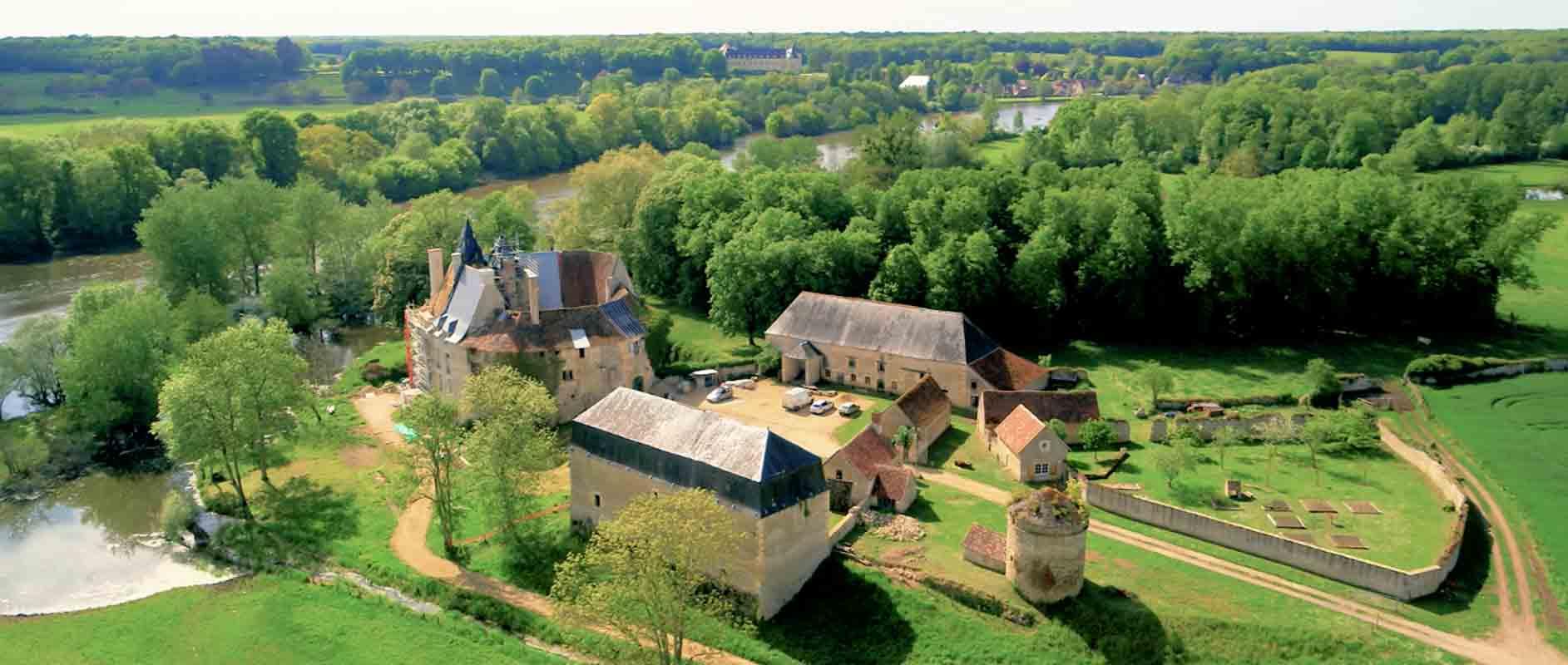 chateau de Meauce Nièvre film aérien drone