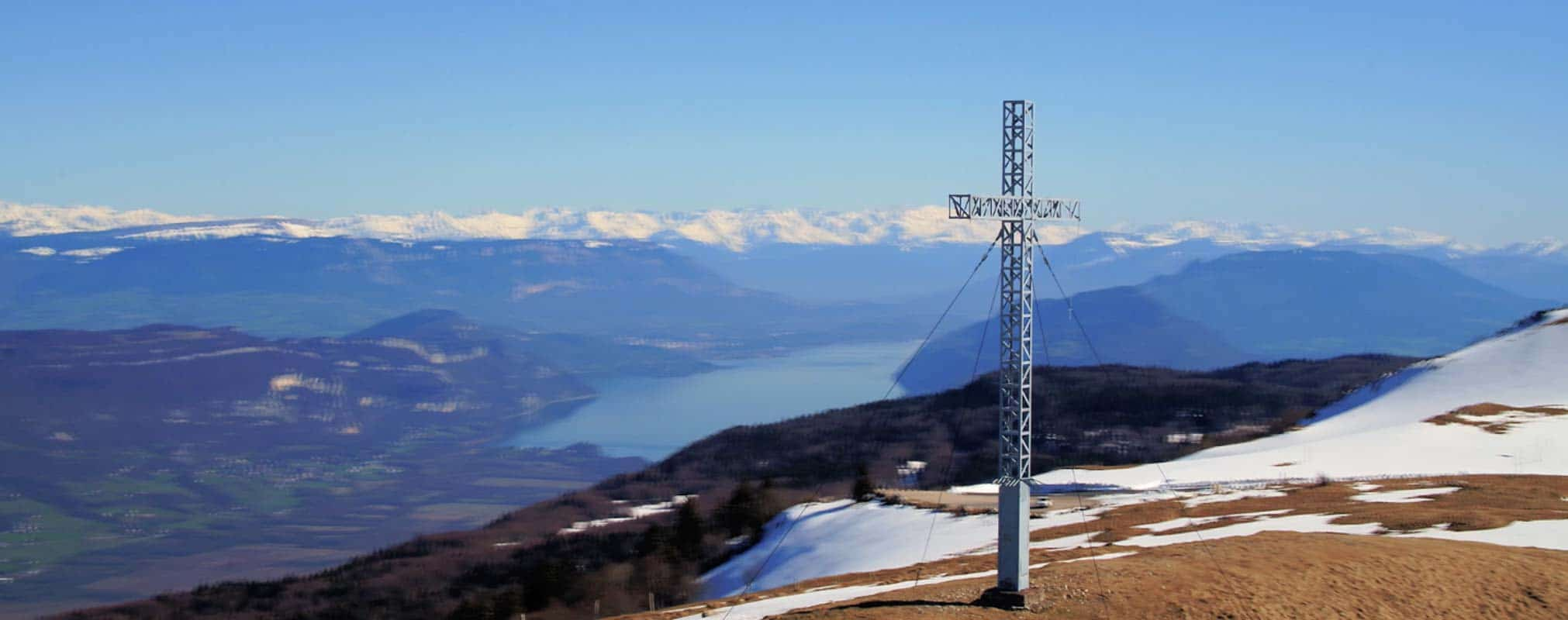 Col du Grand Colombier Ain film aérien drone