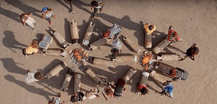 Arthus Bertrand Femmes vue du ciel par drone