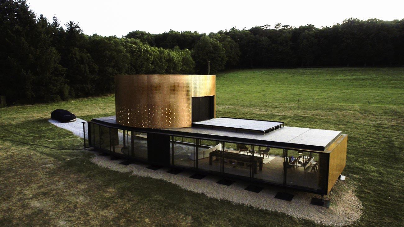 Architecture pur le concept car symbioz vu par drone