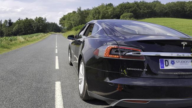 Tesla pour course de drone
